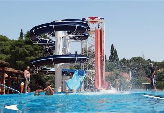 Kemp Park Soline-Zavírání moře, Biograd na Moru, Chorvatsko -