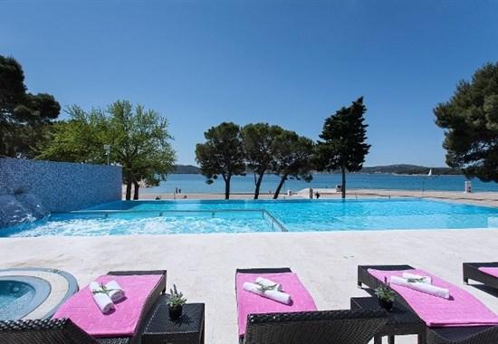 Hotel Adriatic - Dalmácie
